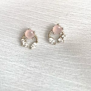 Jewelry - Sparkly horseshoe studs